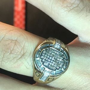 Ring size 10 solid 10k gold and real diamonds